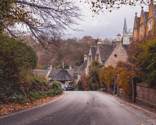 Why you should visit the Cotswolds, England, UK ASAP. Here are some of the best reasons to go to the Cotswolds on your next vacation: movie locations, literary inspiration, historical sites, etc