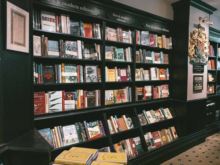 Hatchards (the Oldest Bookshop in London), 187 Piccadilly, St. James's, London W1J 9LE