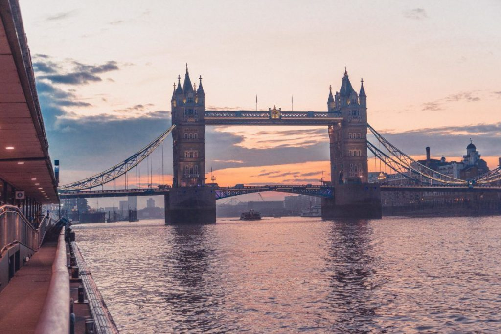 Enjoy sunrise at Tower Bridge